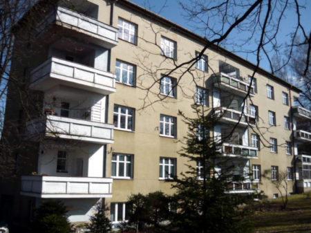 Pro tento dům ve Vlašimi jsme připravili projekt zateplení. V rámci této dokumentace jsme připravili i PENB pro navrhovaný stav.