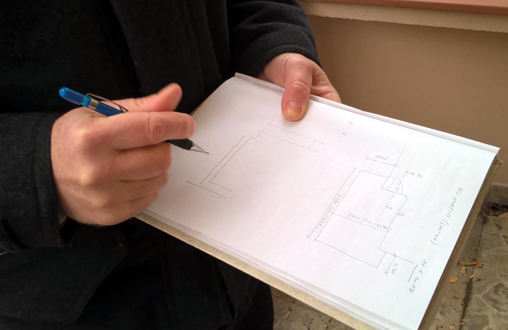 Když dokumentace chybí úplně, je potřeba dům zaměřit a vycházet alespoň z pasportu stavby.